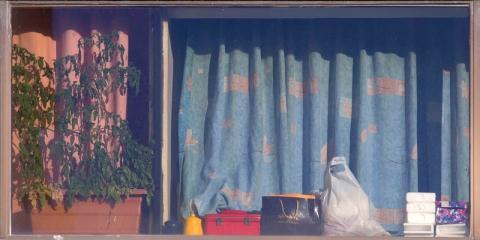 عکس های اعظم شادپور در گالری شماره شش