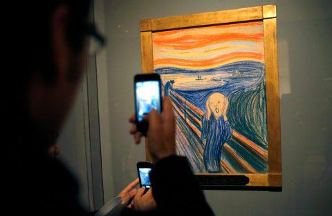 هرکسی می تواند نقاشی کند، اما هرکه نقاشی کند نقاش نیست