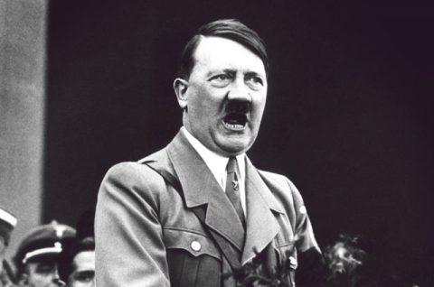حراج یک تابلو از هیتلر