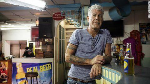 آنتونی بوردین آشپز سرشناس آمریکایی خودکشی کرد