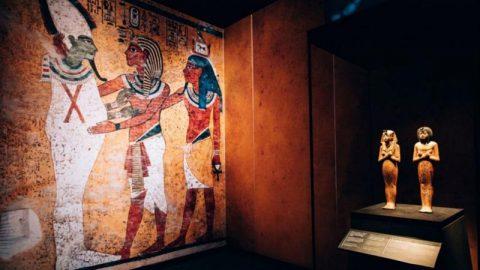 پس از ۵۲ سال پاریس میزبان فرعون میشود