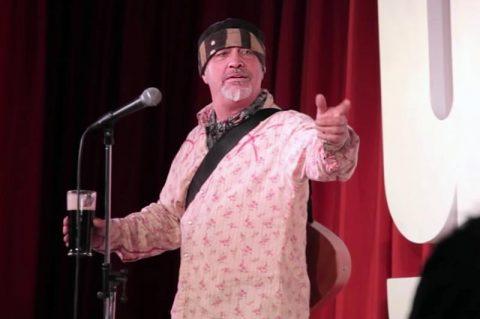 ایان کاگنیتو کمدین بریتانیایی هنگام اجرا درگذشت