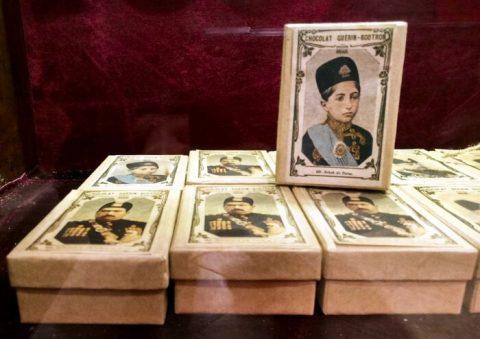 تصاویر ایران قاجاریه بر روی کارت شکلات های بلژیکی