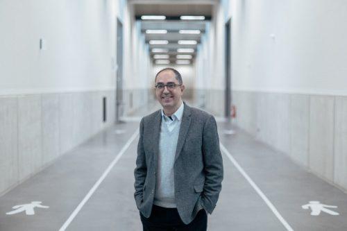 ژان لوک مارتینز، مدیر موزه لوور در مرکز نگهداری شمال فرانسه